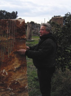 Pinuccio Sciola, the artist from San Sperate who makes the stones play