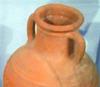 Con l'argilla estratta vicino a Nurallao si producono i vasi