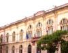 Nel 1323 la città fu offerta al re d'Aragona