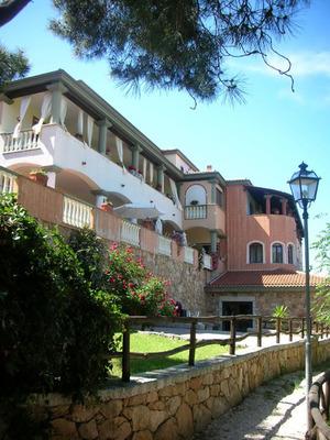 Hotel Su lithu Sardegna Bitti Sa Pineta Bonu Caminu